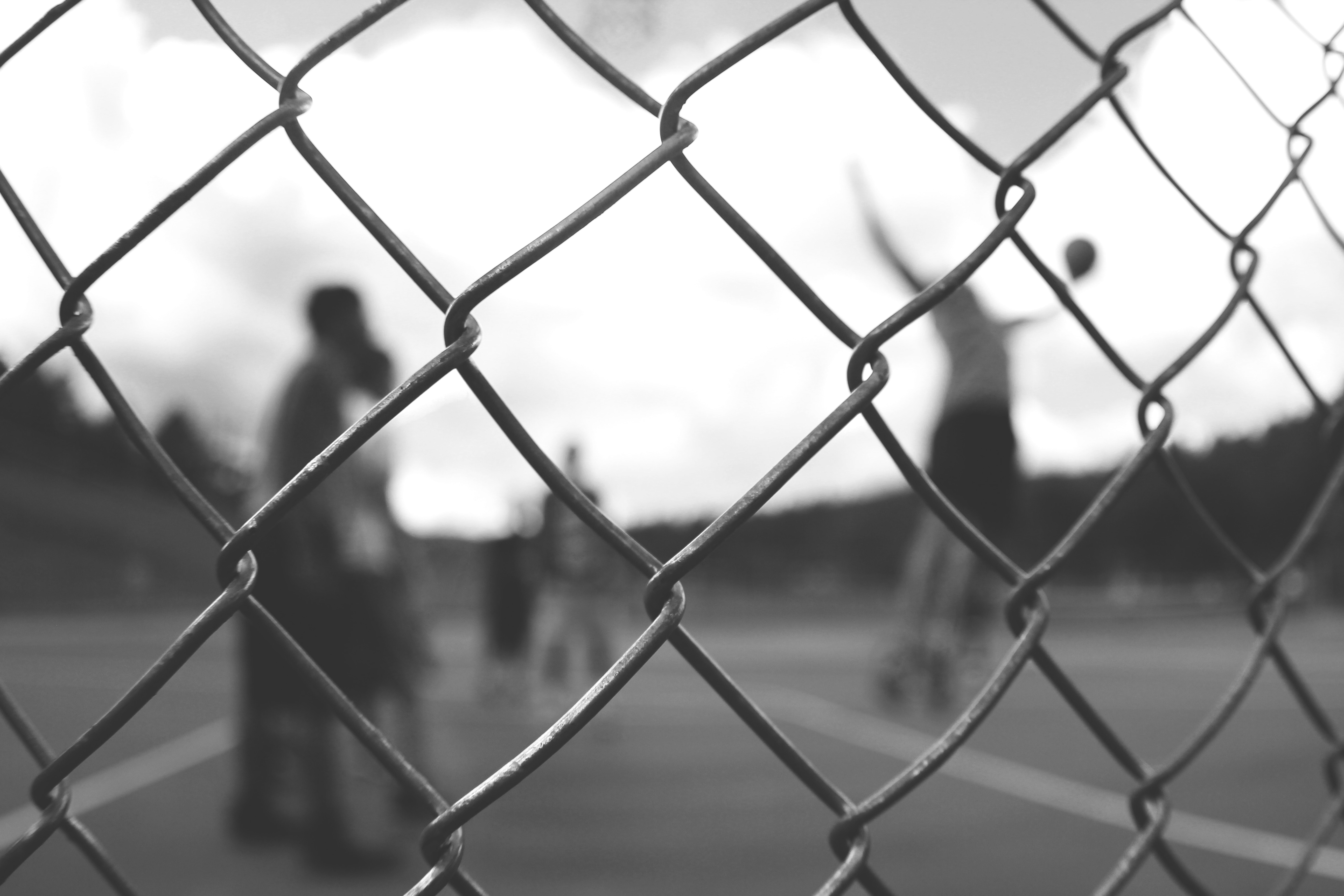 Chain Link Vs. Wood Fences | Commercial & Residential Fence Installation
